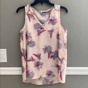 Pink sleeveless tropical print top